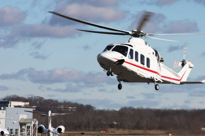 AW139 hover