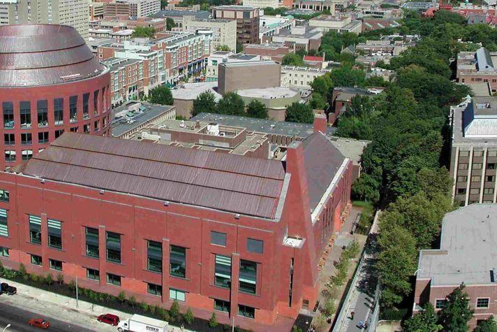 Jon M. Huntsman Hall and Philadelphia Skyline