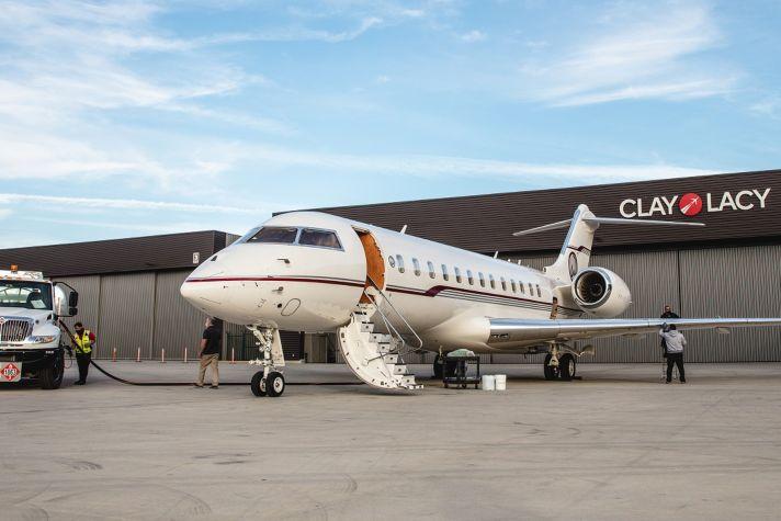Private Jet Fuel Refill