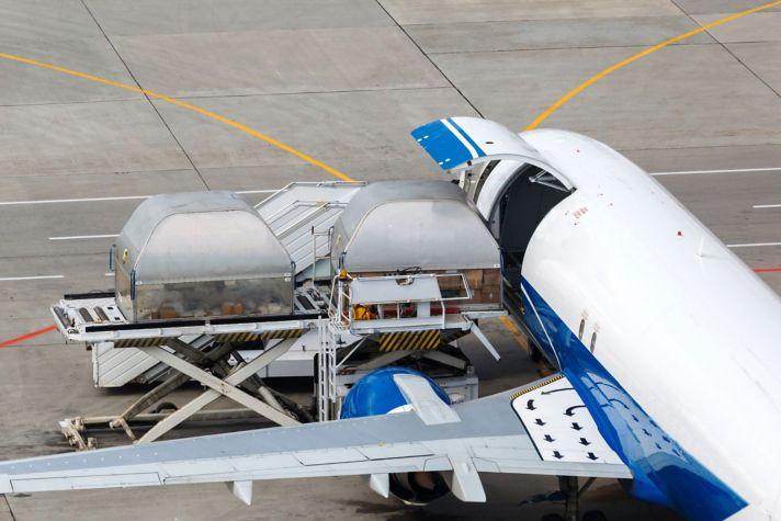 Loading Cargo Plain