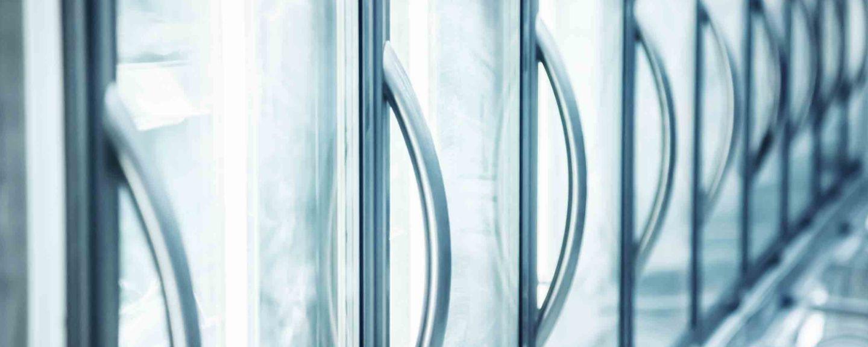 pmt-sustainability-Refrigeration-RefrigeratorHandles-landing-hero-2880x1152.jpg
