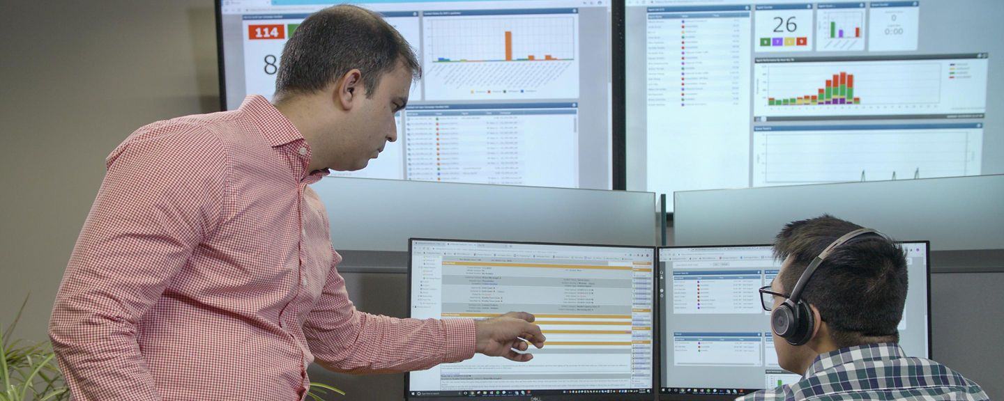 24x7 Technical Support Hero Image