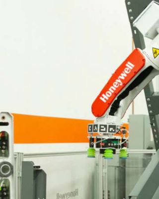 Robotic Sorter Induction Hero Image