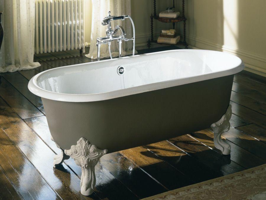 La baignoire Cléo personnalisable en îlot vous propose de créer une salle de bains à la configuration et au style unique