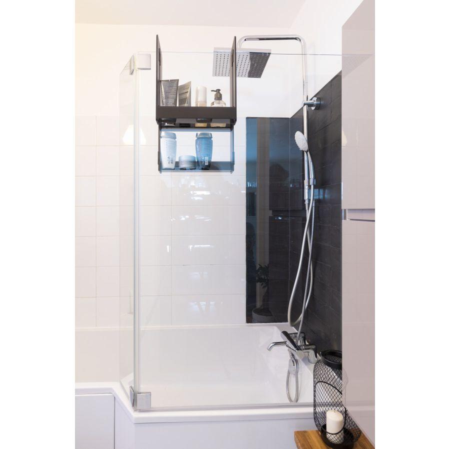 Un espace de rangement pour la salle de bains