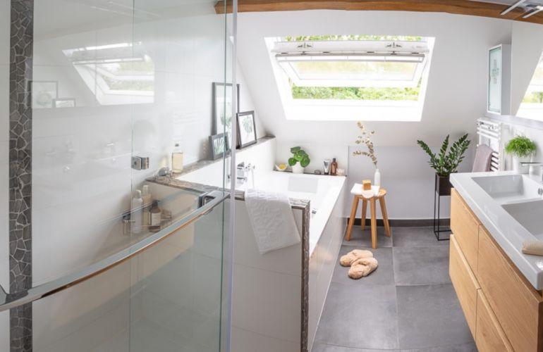Chez Pascal, une salle de bains familiale dans 7 m²