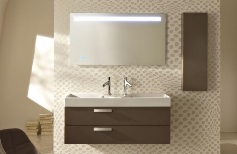 5 astuces pour bien choisir un miroir de salle de bains