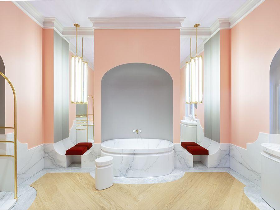 La salle de bains en marbre d'Alexis Mabille