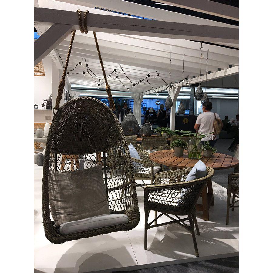 Mobilier de jardin en bois au salon Maison et Objet
