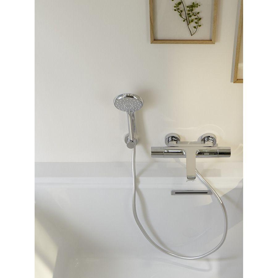 Un robinet thermostastique qui permet de faire des économies d'eau et d'avoir une température adaptée