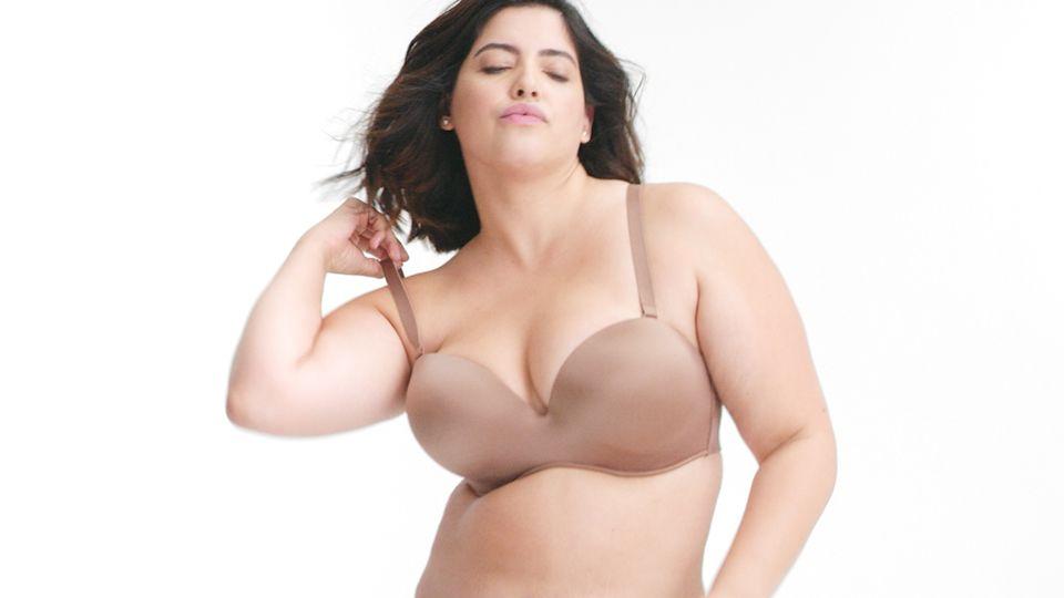 Free big tit lingerie movies