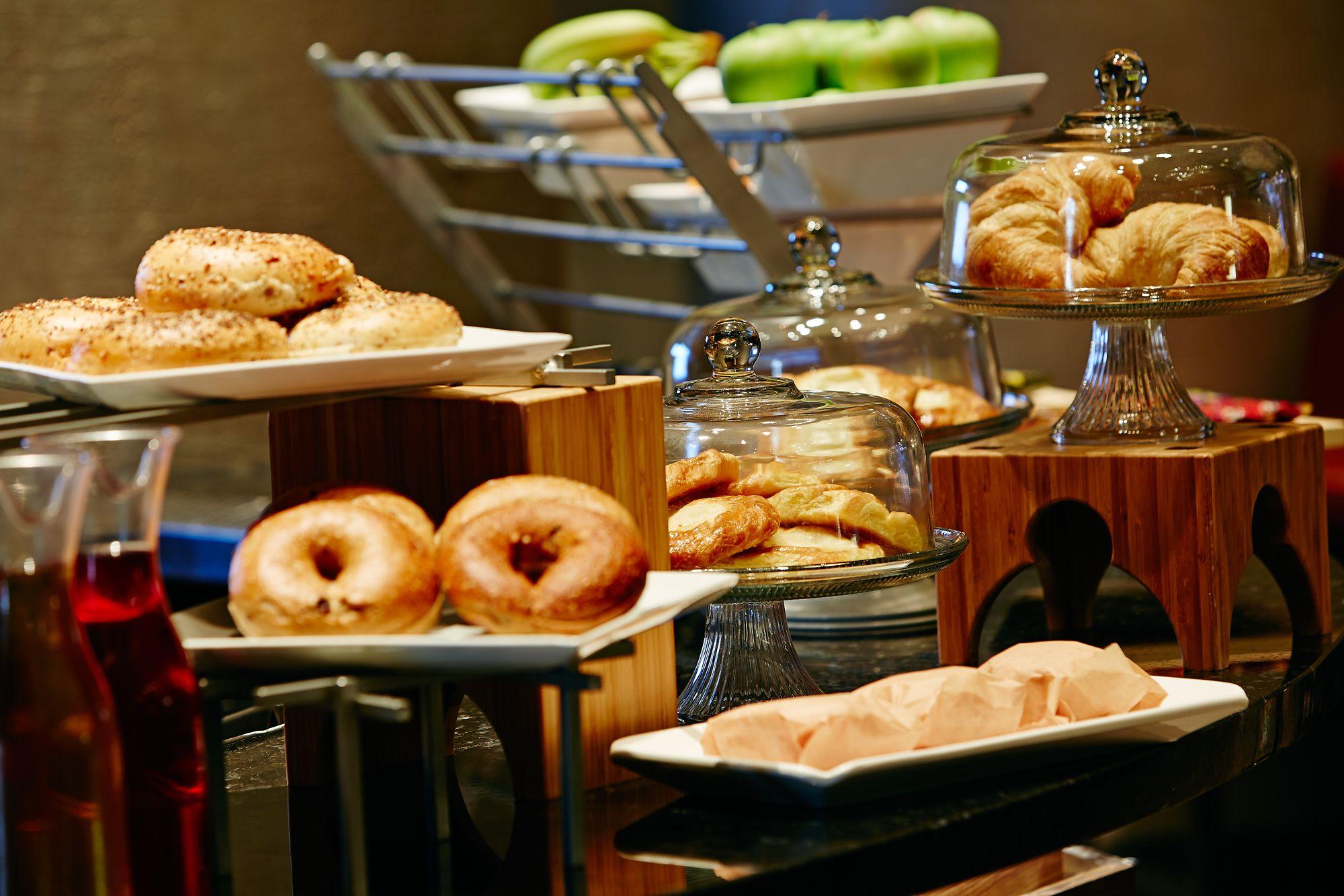 Cool Citron The Ritz Carlton Orlando Grande Lakes Download Free Architecture Designs Lectubocepmadebymaigaardcom