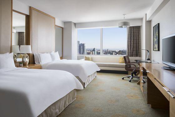 Luxury Hotel Suites in Los Angeles | The Ritz-Carlton, Los