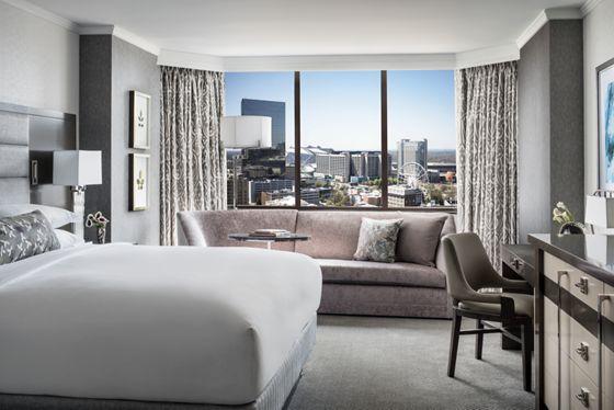 Astonishing Atlanta Hotel Suites Hotel Rooms In Atlanta The Ritz Home Interior And Landscaping Analalmasignezvosmurscom