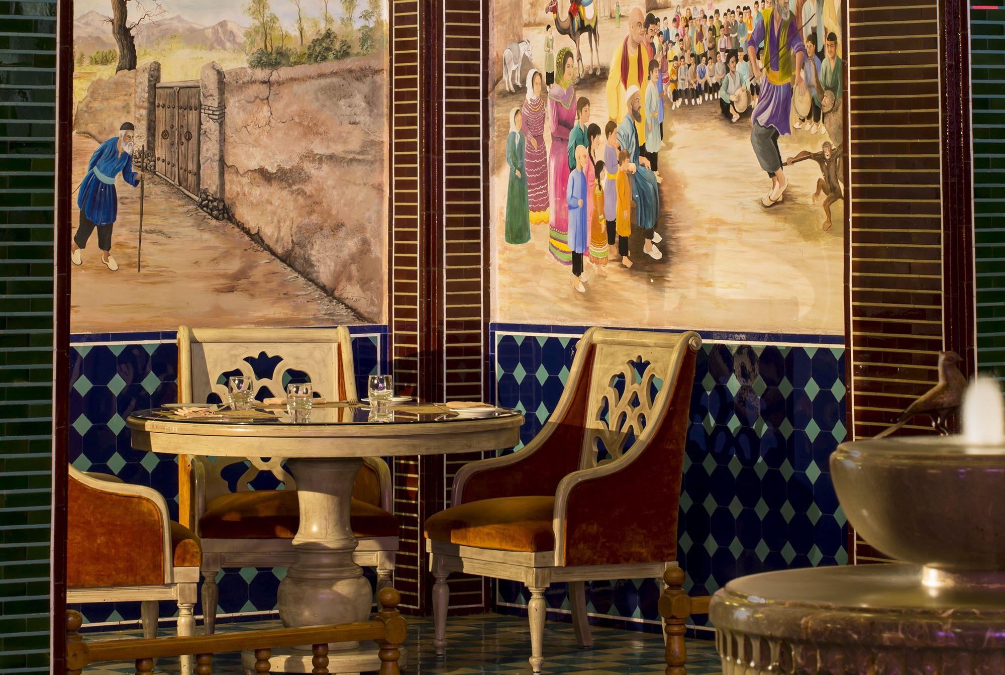 Parisa Souq Waqif | Sharq Village & Spa