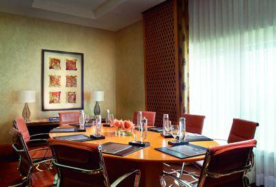 5 Star Luxury Hotel In Bangalore | The Ritz-Carlton, Bangalore