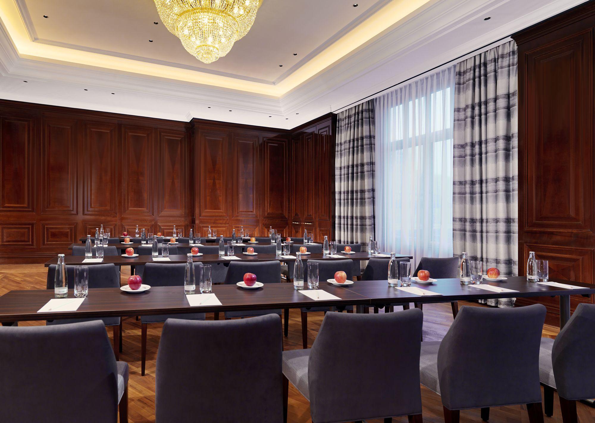 Conference Room Berlin - Berlin Meeting Space | The Ritz-Carlton, Berlin