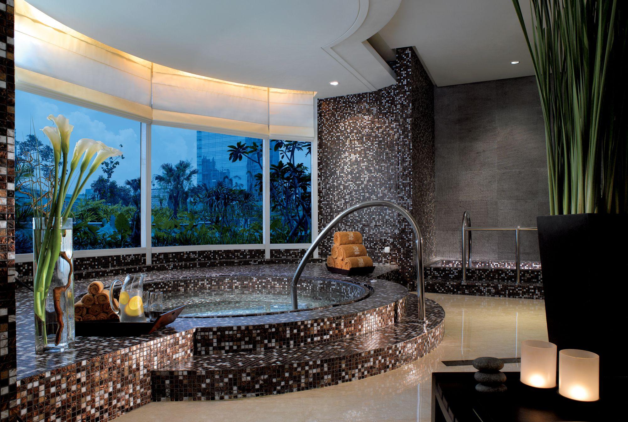 Health Club The Ritz Carlton Jakarta Pacific Place
