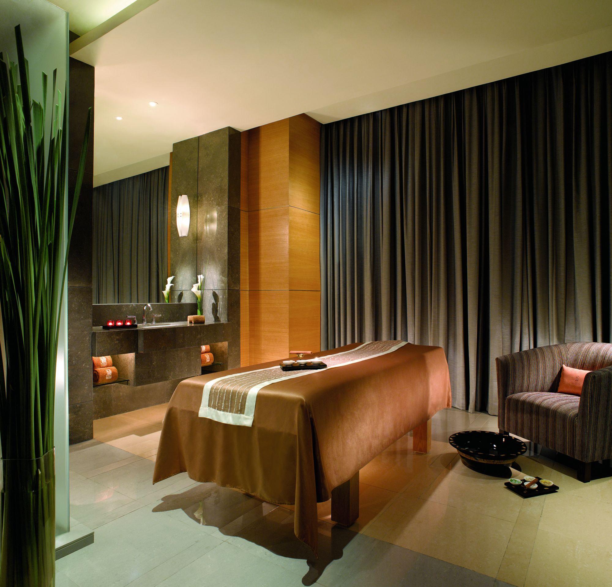 Luxury Spa Hotel Jakarta | The Ritz-Carlton Jakarta, Pacific