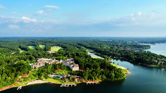 Experience rustic lakeside luxury at our lake resorts