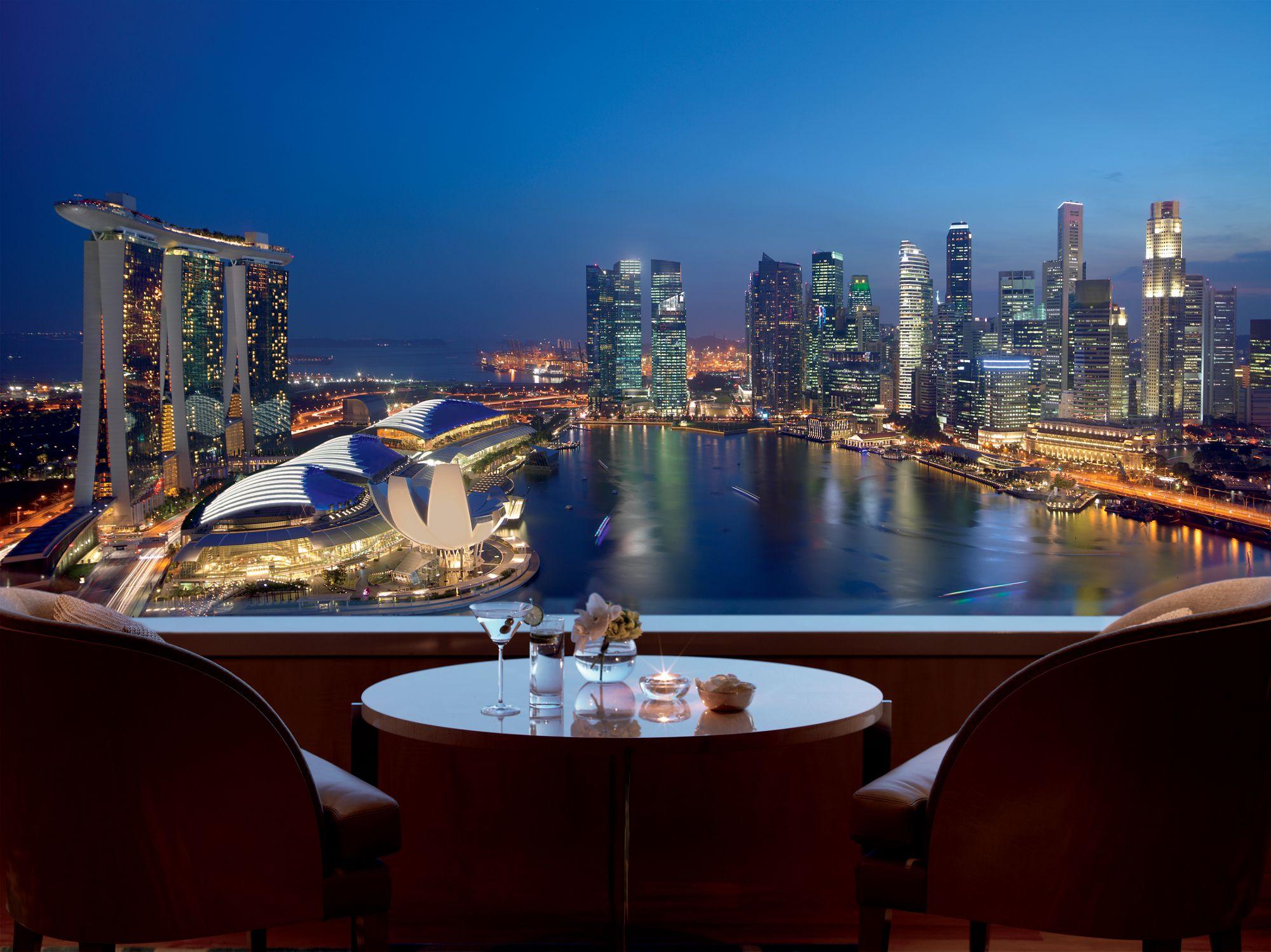 A Canvas of Views | The Ritz-Carlton, Millenia Singapore