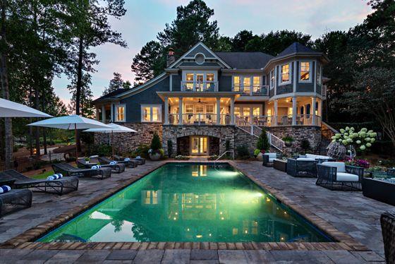 The Lake House - Backyard