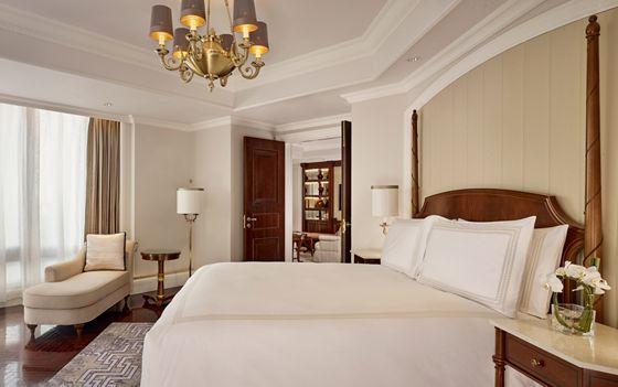 Executive Club Suite - Bedroom