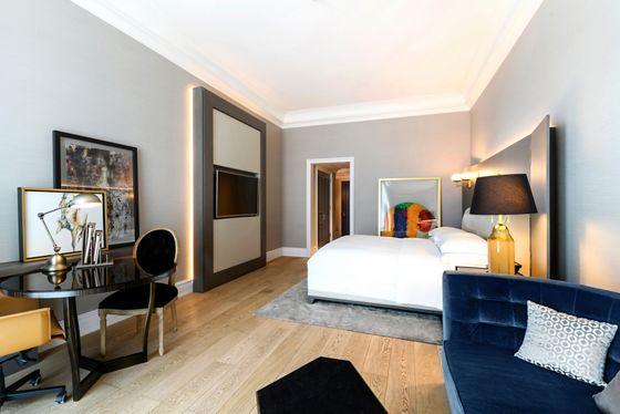 Deluxe King Guest Room
