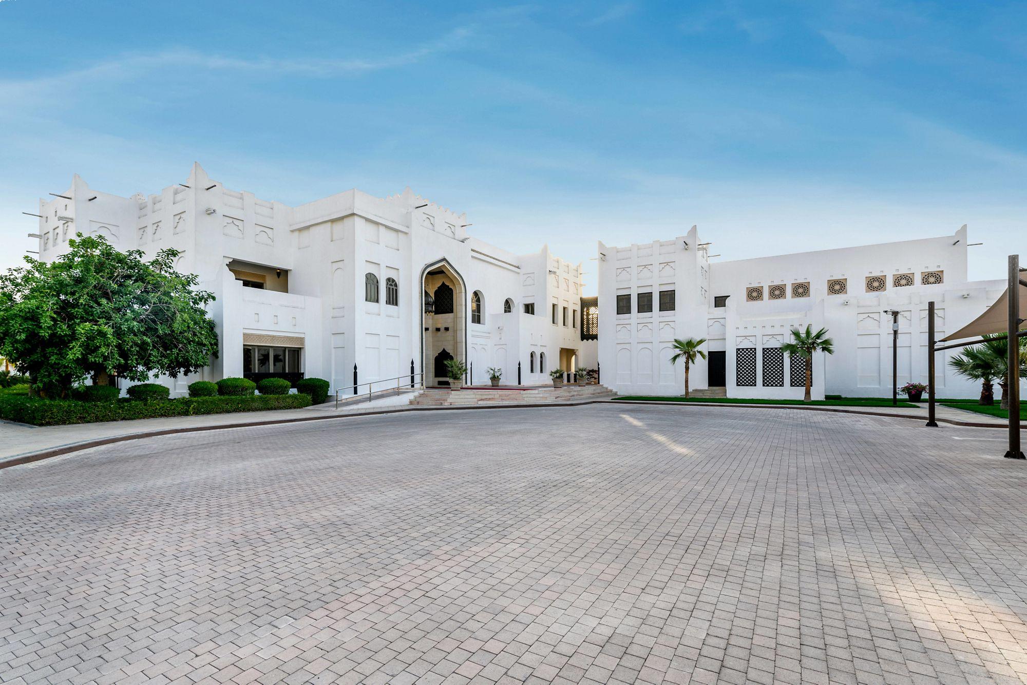 Royal Villa - Private Entrance