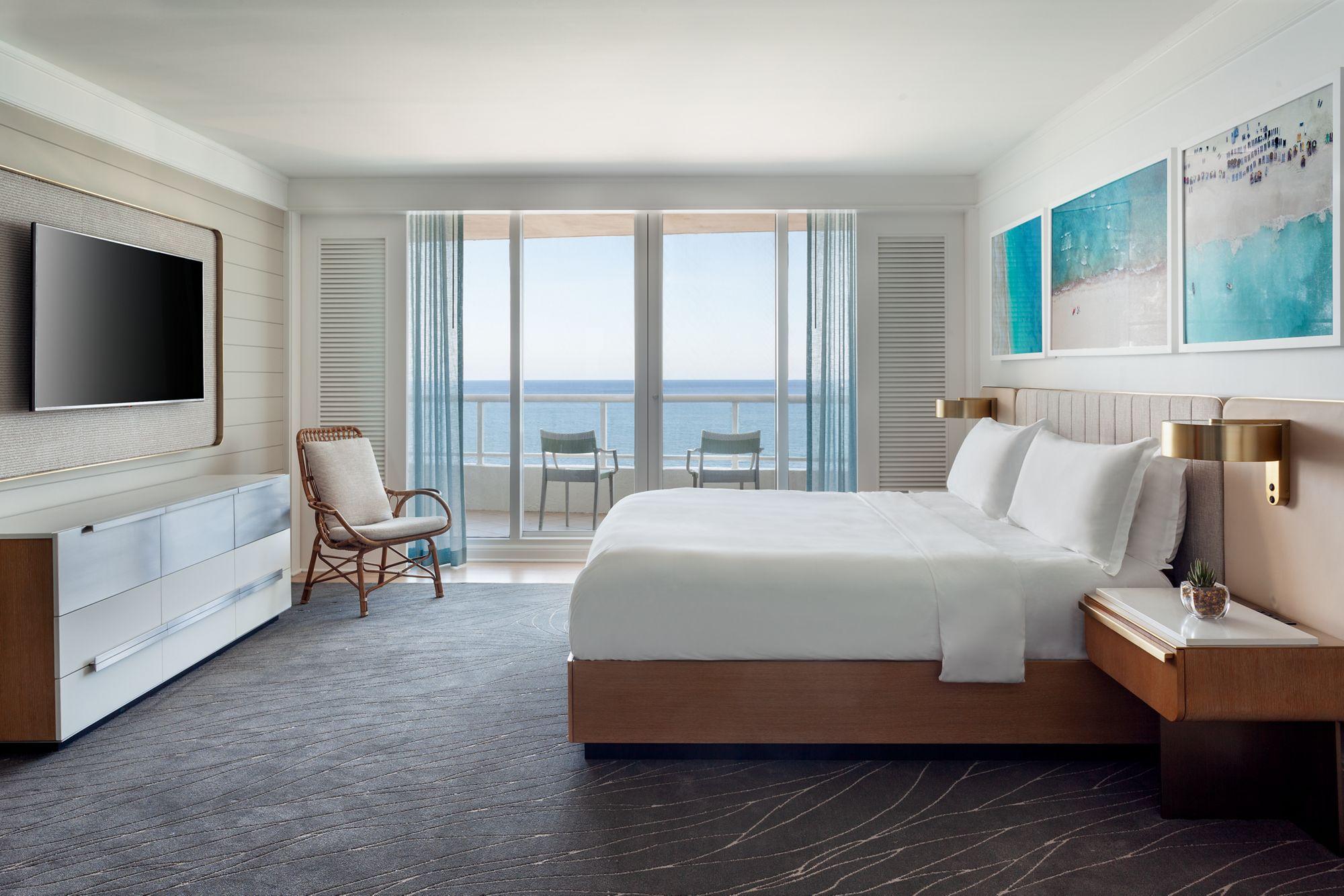 Oceanfront Suite - Bedroom