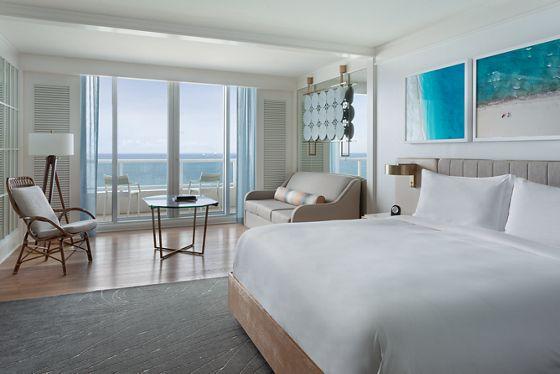 Oceanfront King View Room - High Floor