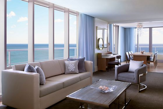 The Ritz-Carlton Suite - Living & Dining Room