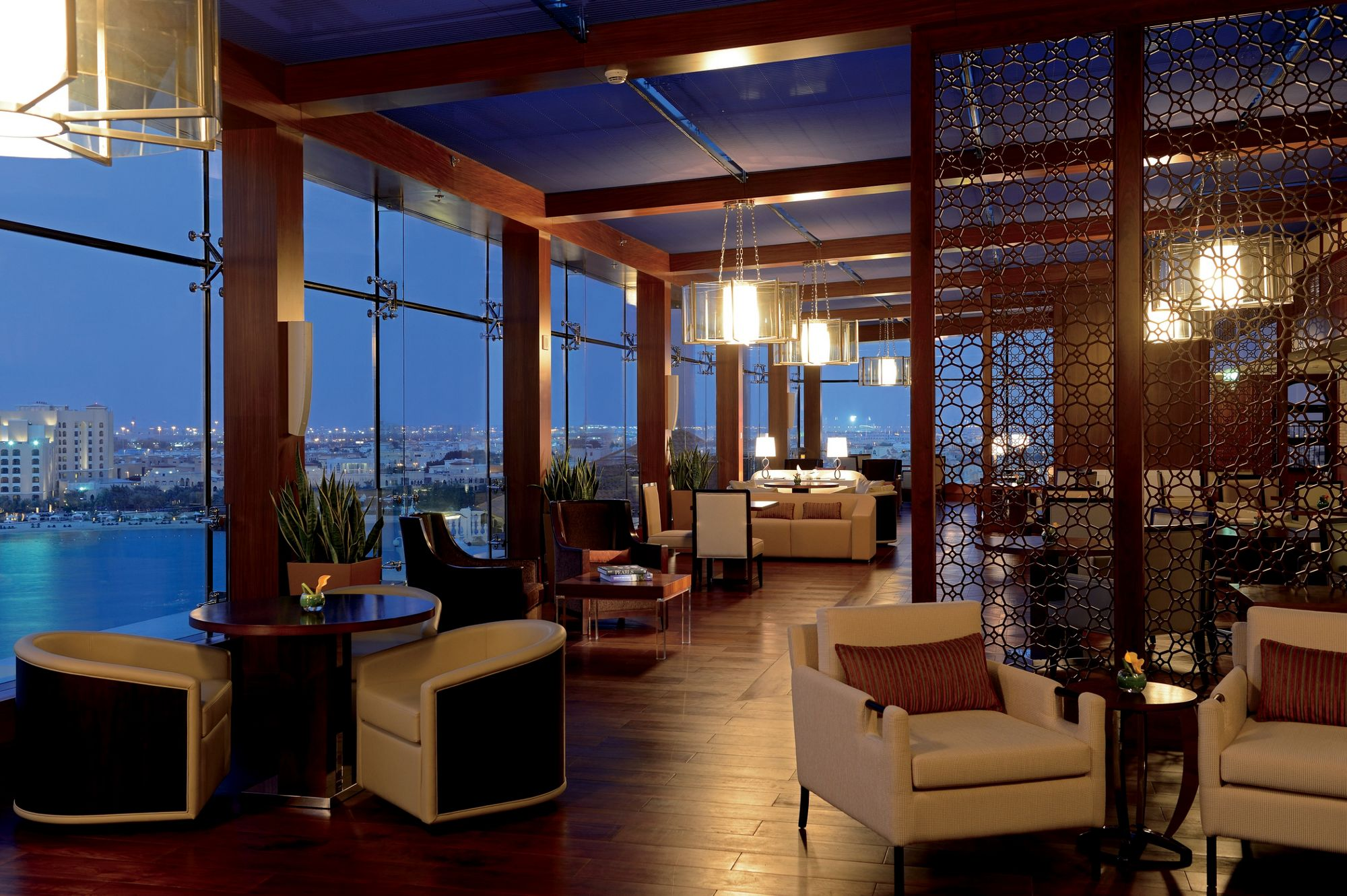 Luxury Hotels & Resorts in the Middle East   The Ritz-Carlton