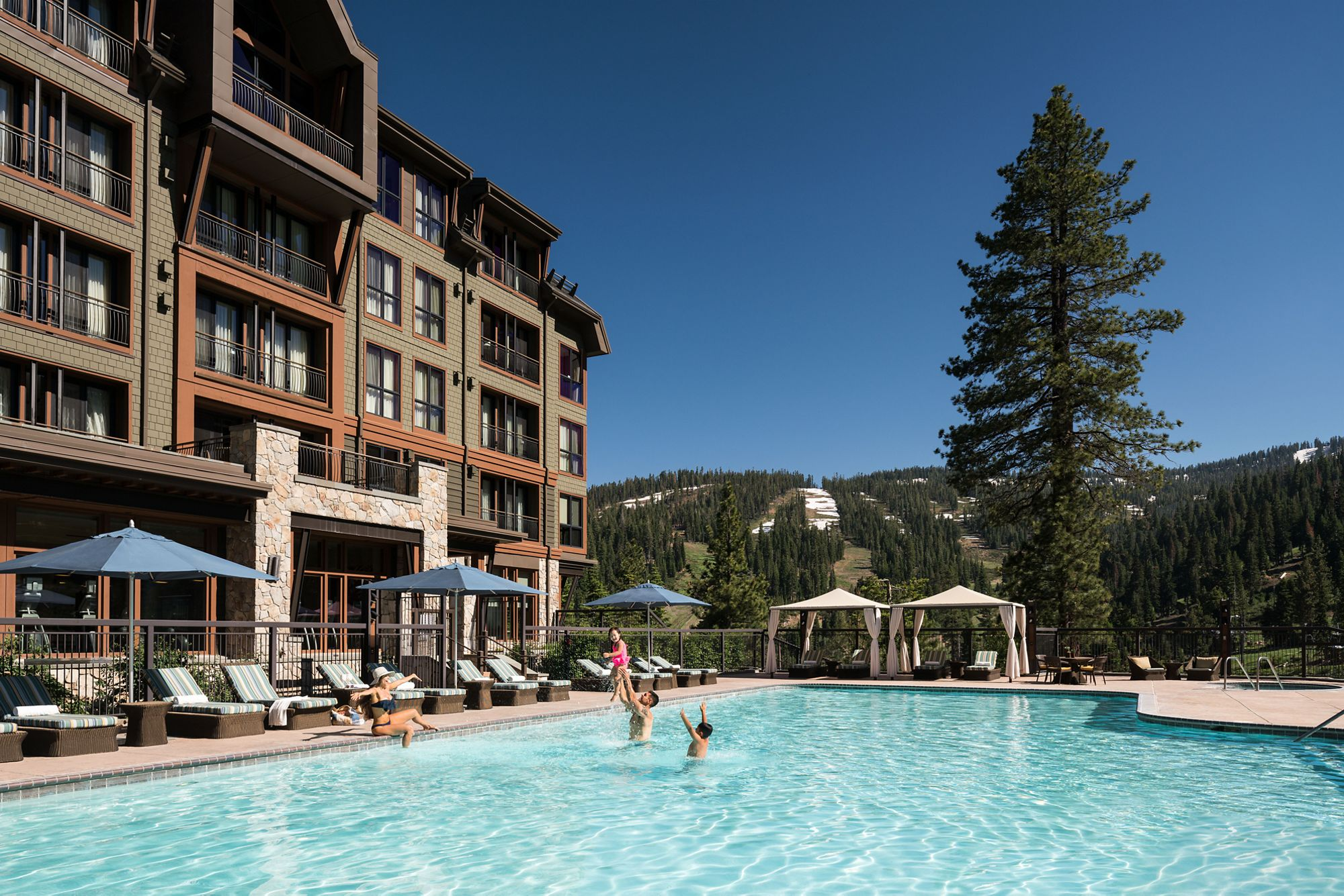 Hotels in North Lake Tahoe - North Lake Tahoe Resorts | The