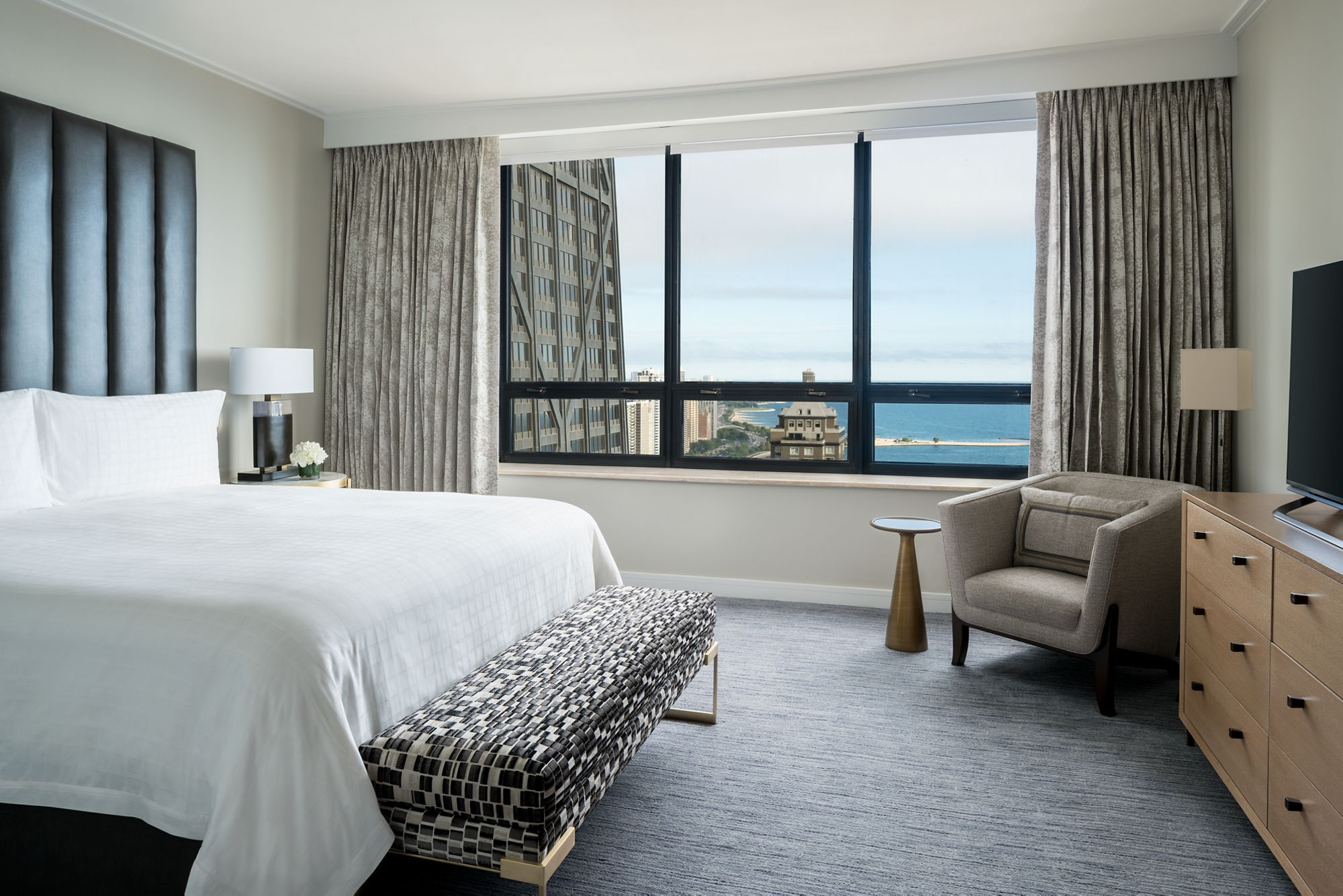 Fabulous Two Bedroom Apartment The Ritz Carlton Chicago Download Free Architecture Designs Philgrimeyleaguecom
