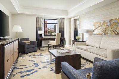 Superb Denver Hotels Downtown Hotels In Denver The Ritz Carlton Download Free Architecture Designs Viewormadebymaigaardcom