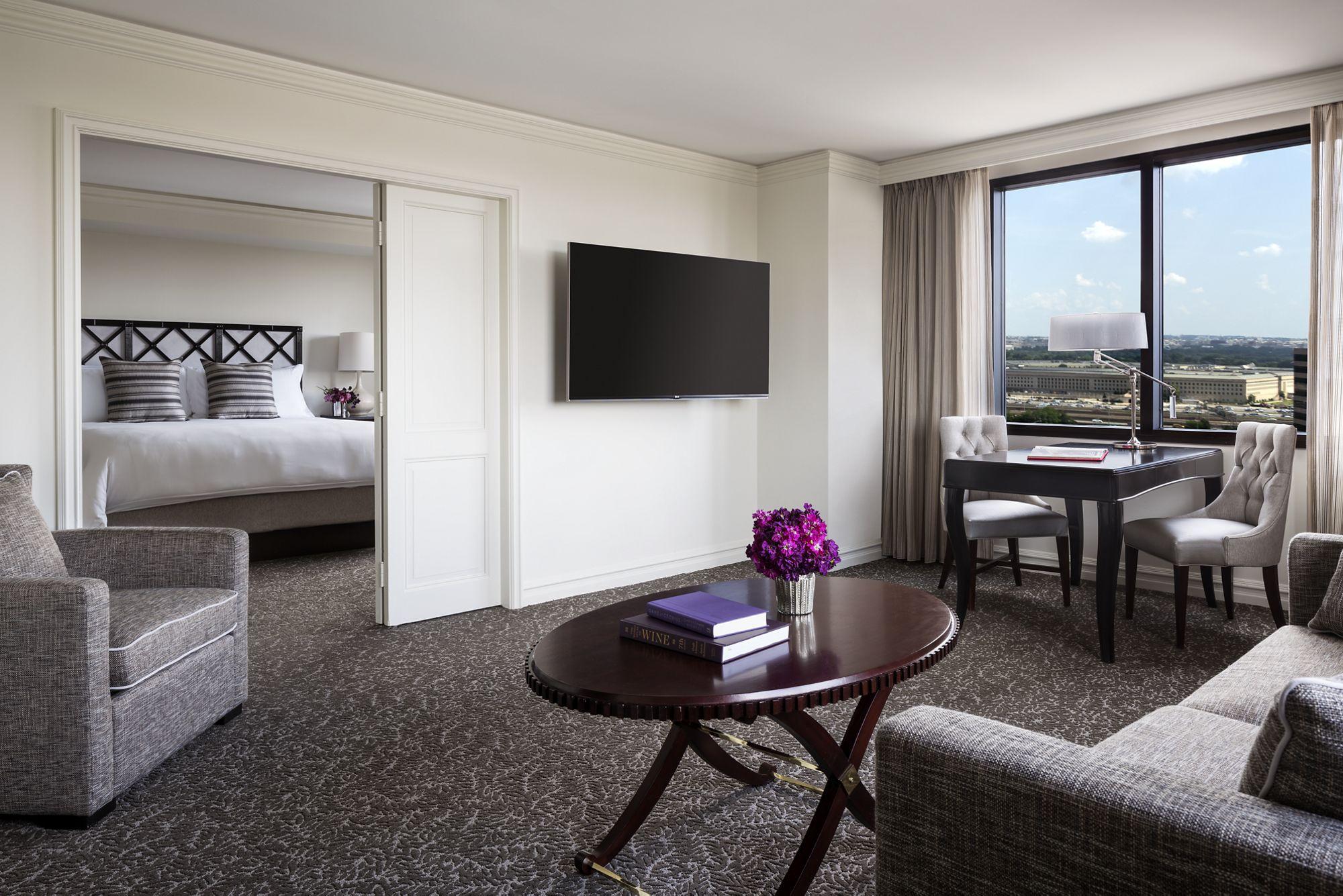 Suite Escapes The Ritz Carlton Pentagon City