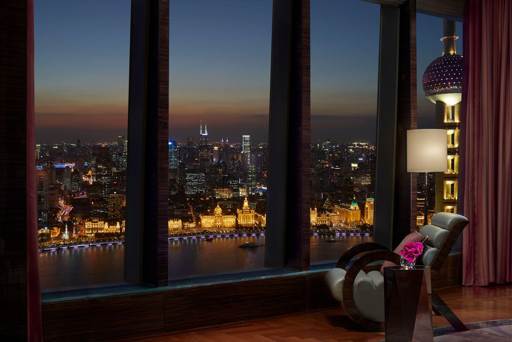 Presidential Suite - Bund Pearl Tower View