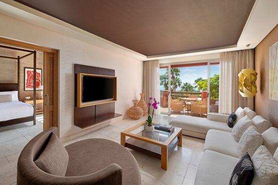 One Bedroom Suite Villa - Living Room & Ocean View