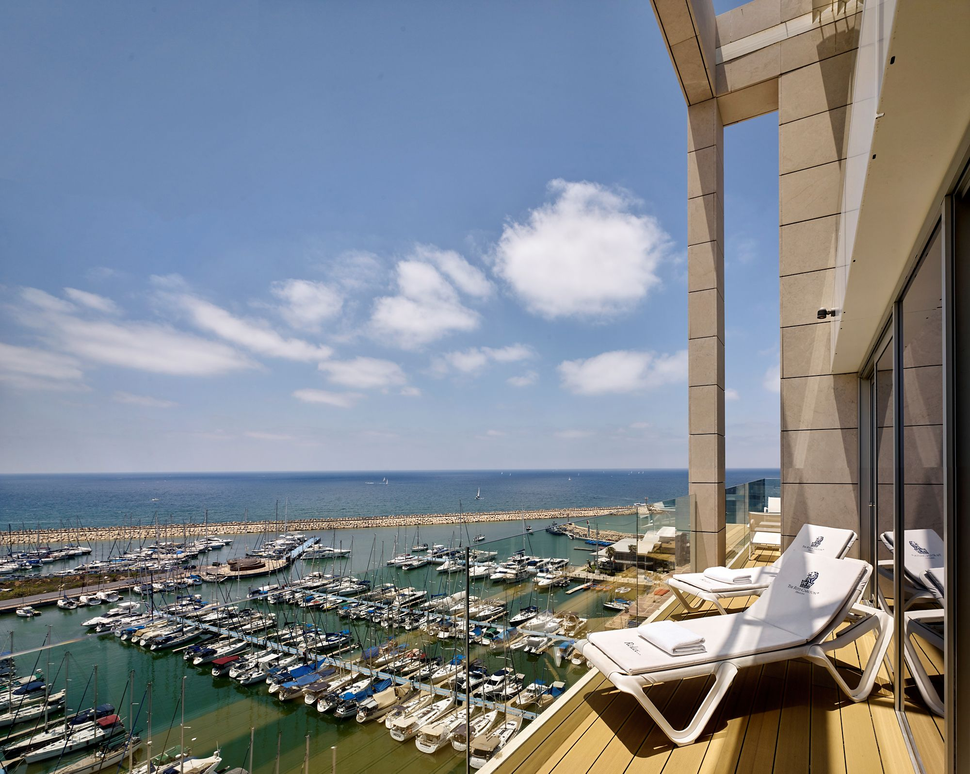 One-Bedroom Suite - Balcony