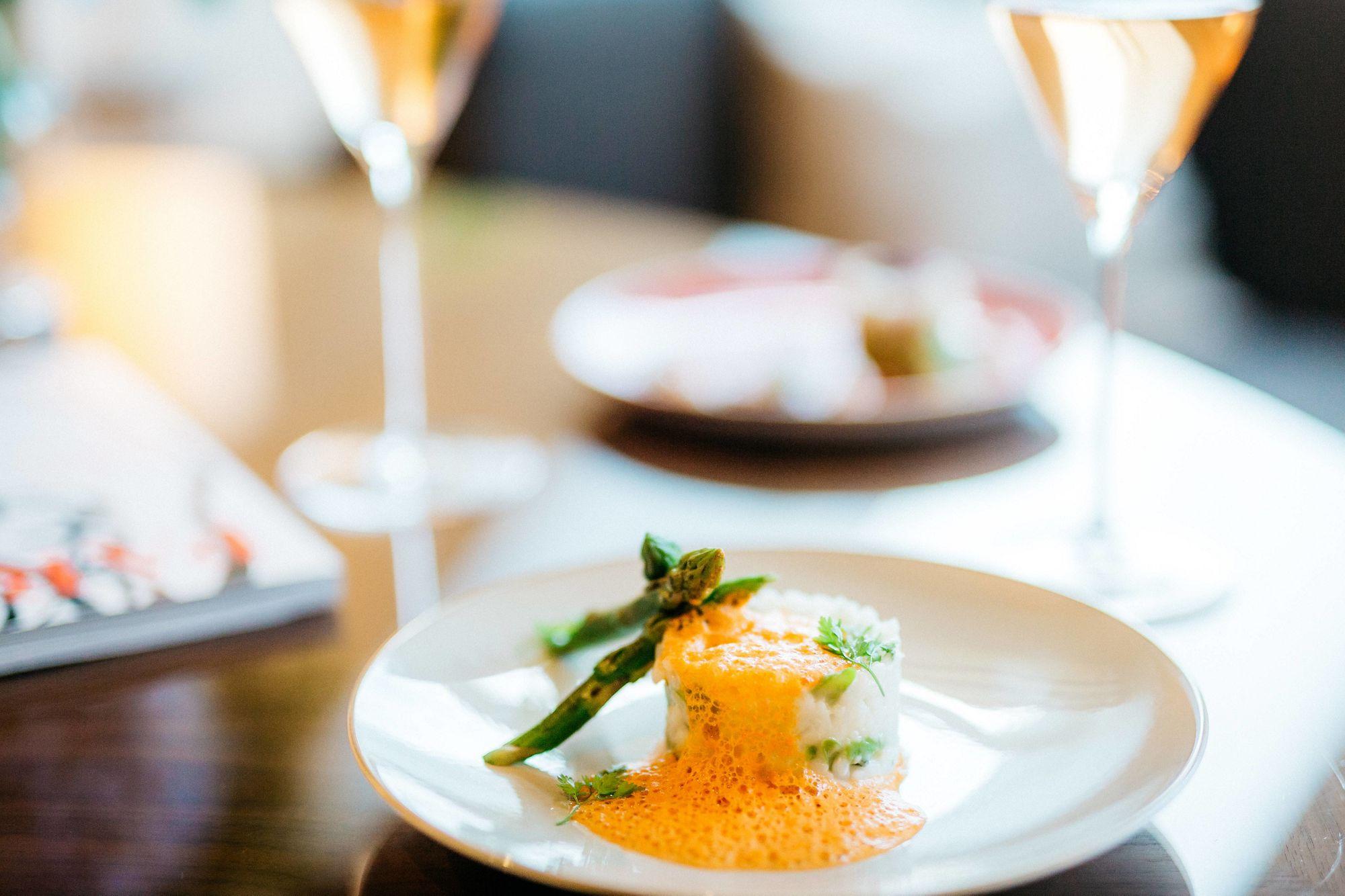 The Ritz-Carlton Club Lounge - Lite Bites