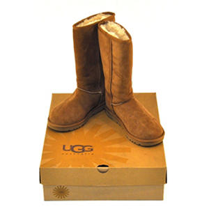 Size 5 - UGG Ladies' Classic Tall, Chestnut