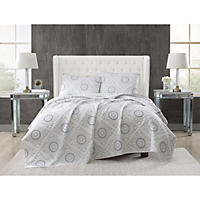 Queen - Christian Siriano 3-Piece Embroidered Quilt Set, , White Medallion