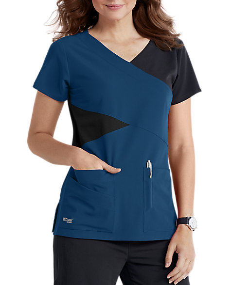 Greys Anatomy 4 Pocket Mock Wrap | Scrubs & Beyond