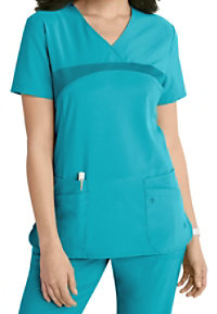 Urbane Performance Media Collection Renew 4-pocket Scrub Tops