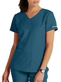 Vitality 3 Pocket Virtual V-Neck Top