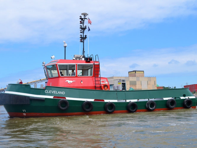 Great Lakes Towing Company and Sherwin-Williams collaborated to create GLT's Federal Standard colors