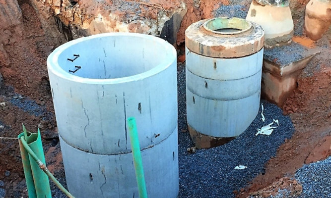 New concrete manhole lining project