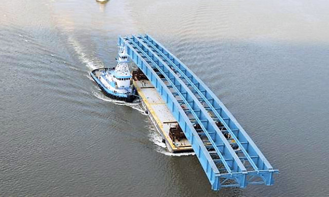 bridge piece on boat barge