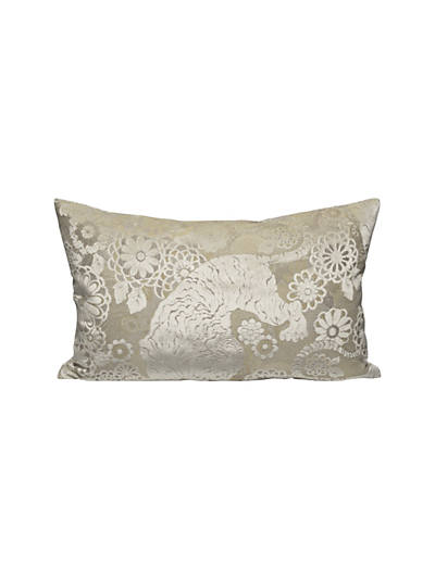SIBERIAN TIGER LUMBAR PILLOW WHITE TAWNY